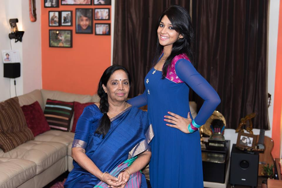 mollywood stars with familiesphotosgalleryimages