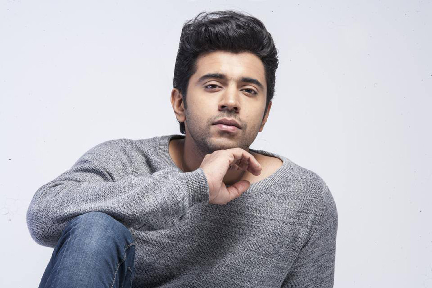 http://onlookersmedia.in/wp-content/uploads/2015/04/Nivin-Pauly-Stills-Images-Photos-Malayalam-Movie-2015-Onlookers-Media-23.jpg
