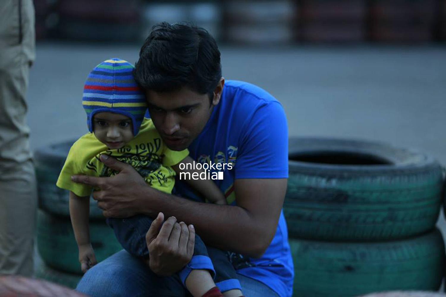 http://onlookersmedia.in/wp-content/uploads/2015/04/Nivin-Pauly-Stills-Images-Photos-Malayalam-Movie-2015-Onlookers-Media-26.jpg