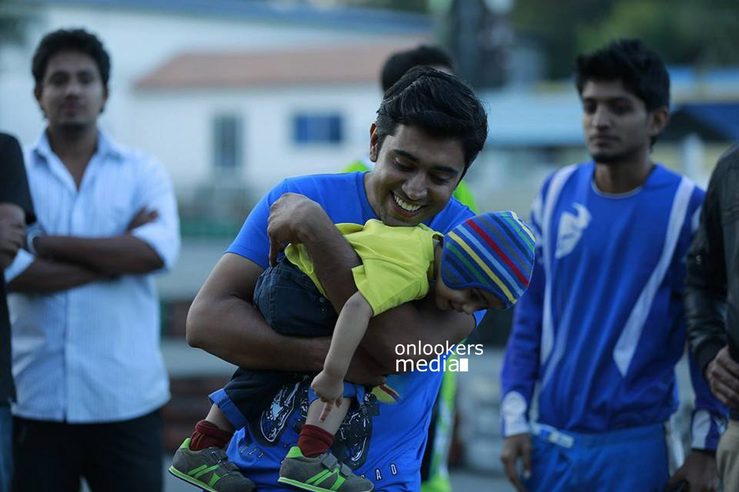 http://onlookersmedia.in/wp-content/uploads/2015/04/Nivin-Pauly-Stills-Images-Photos-Malayalam-Movie-2015-Onlookers-Media-27.jpg