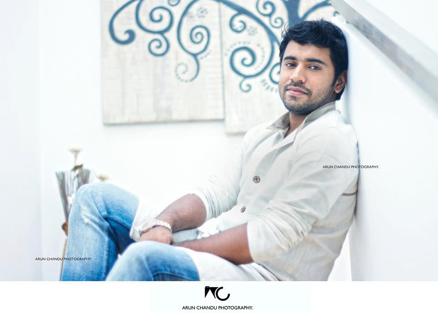 http://onlookersmedia.in/wp-content/uploads/2015/04/Nivin-Pauly-Stills-Images-Photos-Malayalam-Movie-2015-Onlookers-Media-34.jpg
