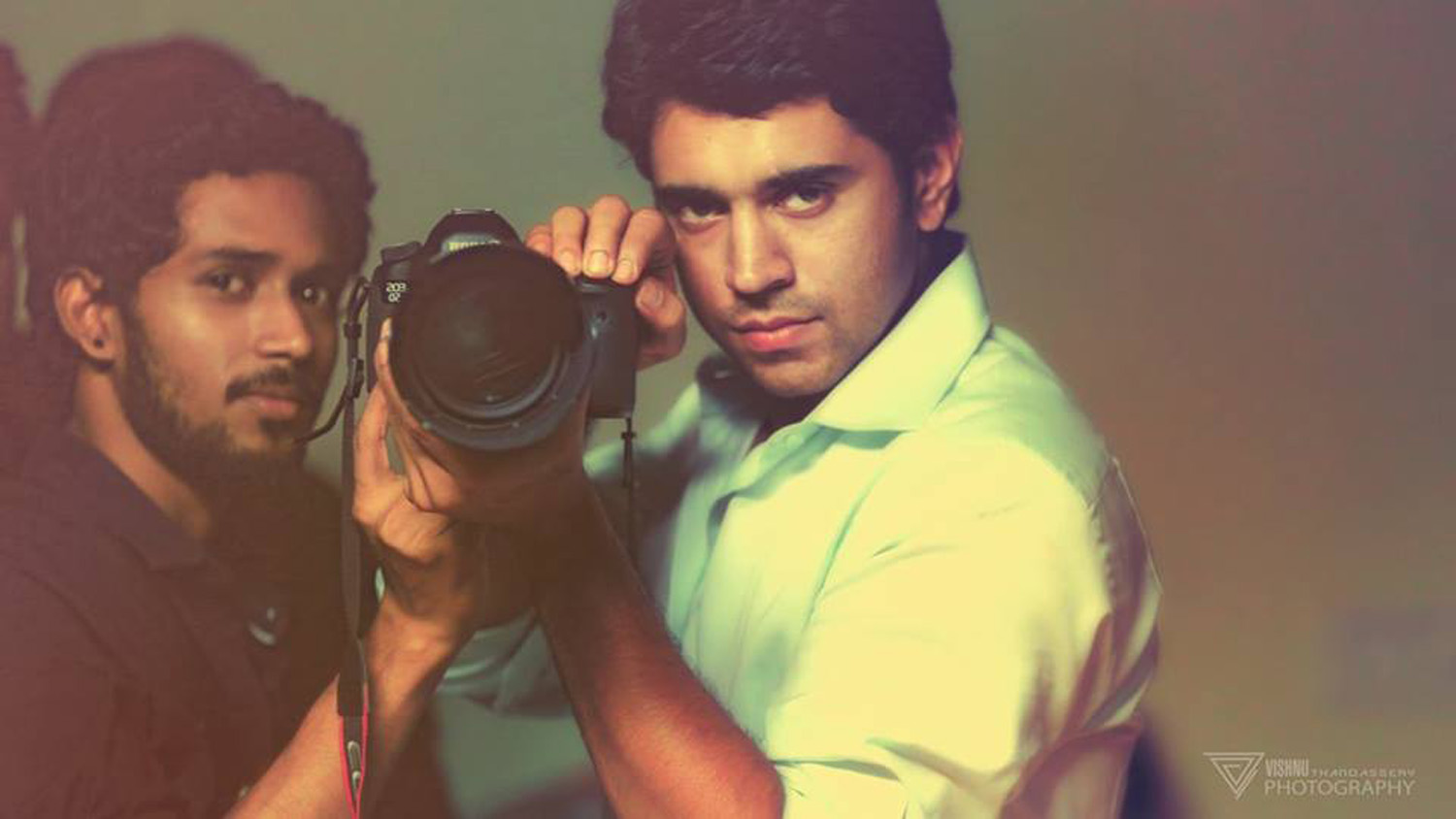 http://onlookersmedia.in/wp-content/uploads/2015/04/Nivin-Pauly-Stills-Images-Photos-Malayalam-Movie-2015-Onlookers-Media-4.jpg