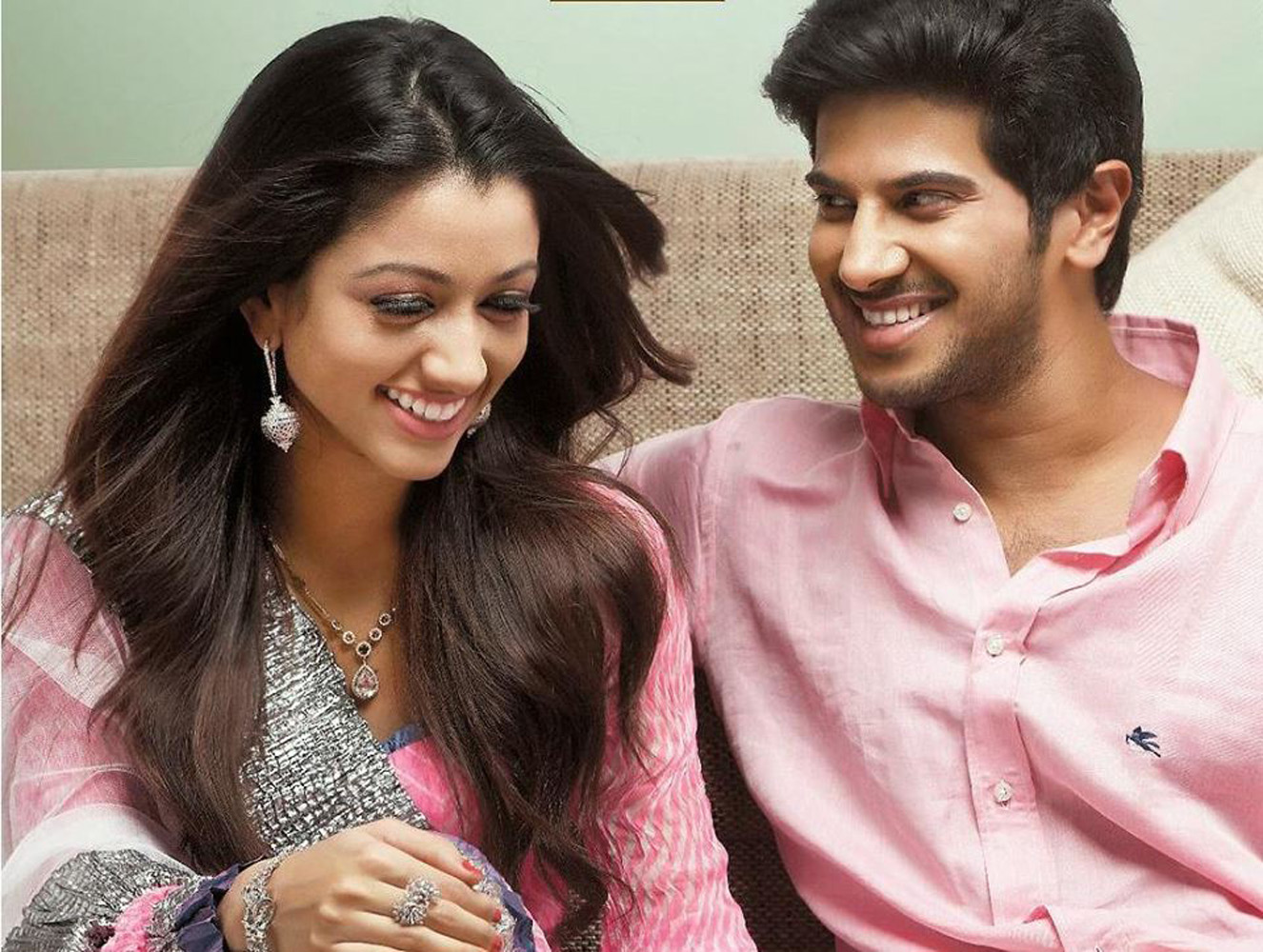 http://onlookersmedia.in/wp-content/uploads/2015/07/Dulquer-Salmaan-with-wife-Amal-Sufia-5.jpg