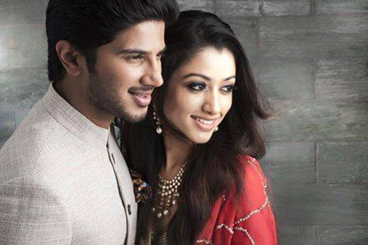http://onlookersmedia.in/wp-content/uploads/2015/07/Dulquer-Salmaan-with-wife-Amal-Sufia-7.jpg