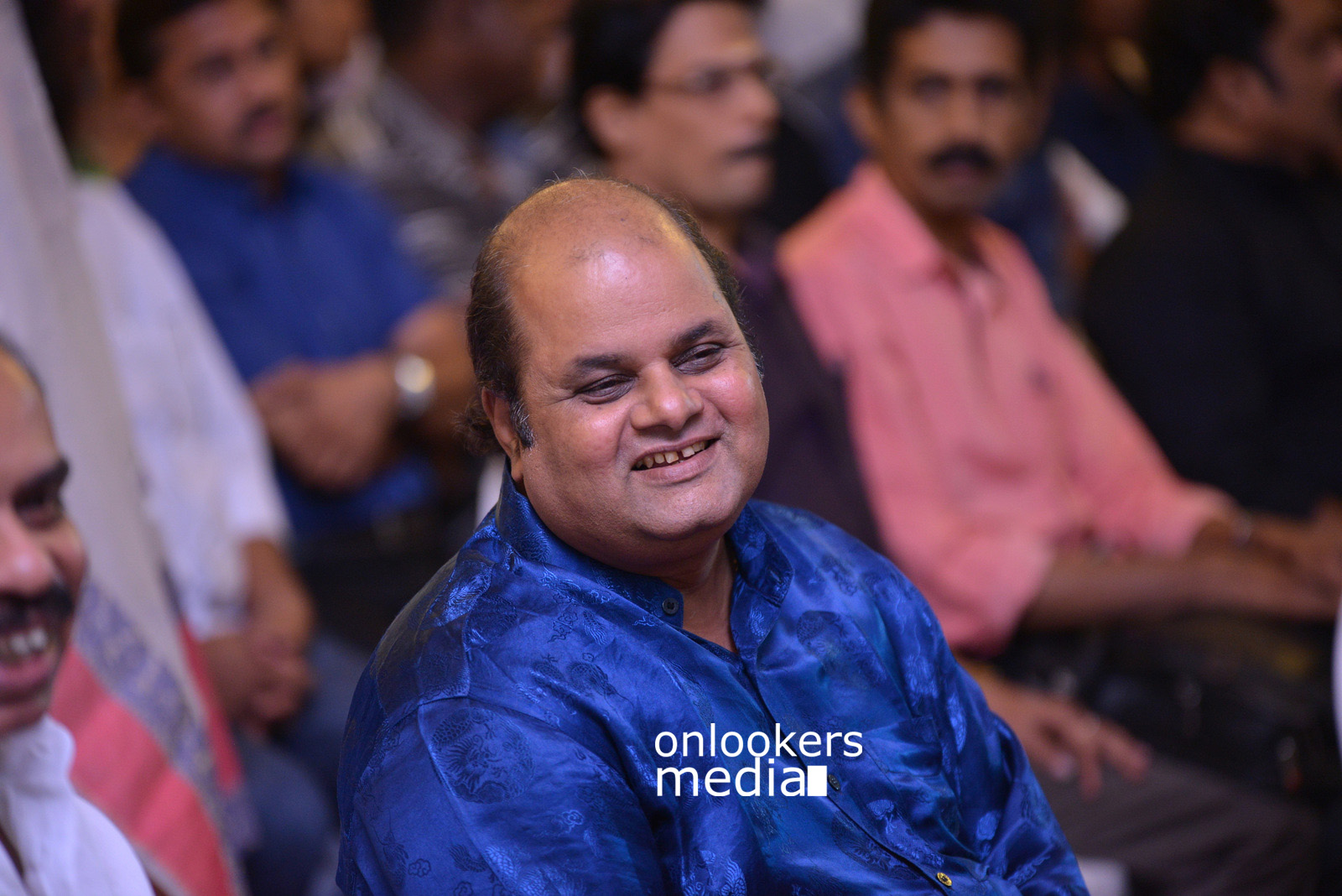 http://onlookersmedia.in/wp-content/uploads/2015/07/Rudra-Simhasanam-Audio-Launch-Stills-Photos-Images-11.jpg