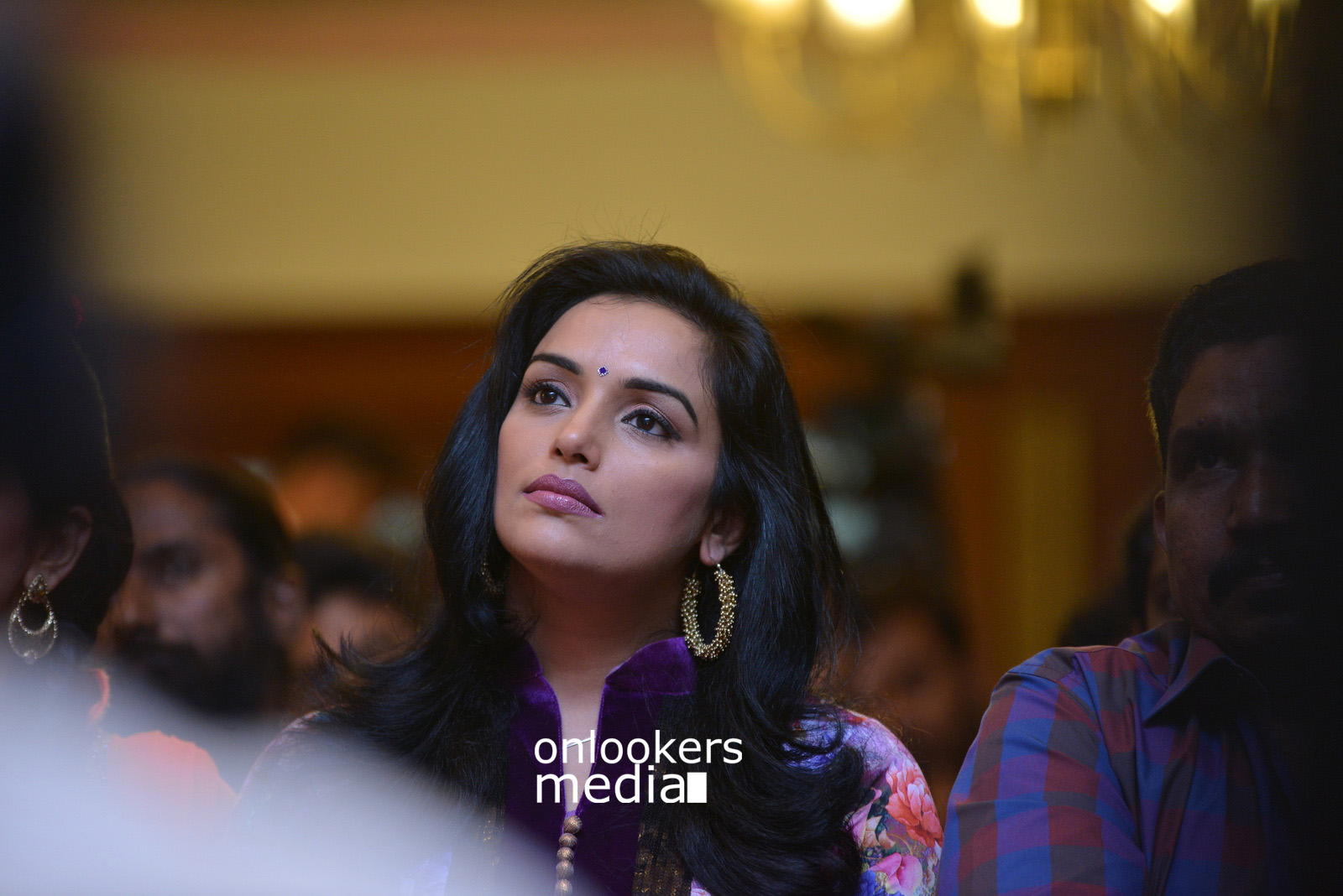 http://onlookersmedia.in/wp-content/uploads/2015/07/Swetha-Menon-at-Rudra-Simhasanam-Audio-Launch-Fanction-Stills-Photos-4.jpg
