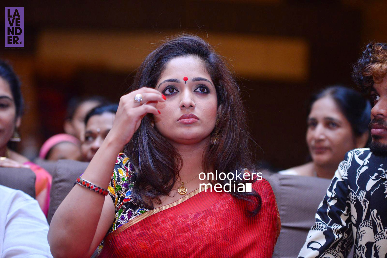 http://onlookersmedia.in/wp-content/uploads/2015/09/Kavya-Madhavan-at-Mukthas-Wedding-Function-Stills-Photo-10.jpg