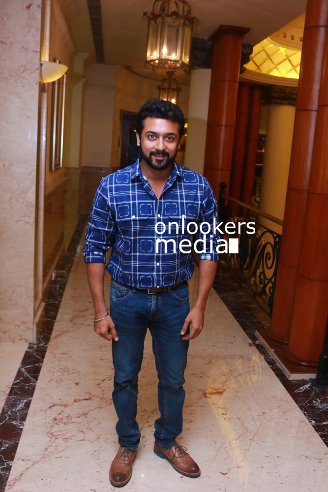 http://onlookersmedia.in/wp-content/uploads/2015/12/Pasanga-2-Press-Meet-Stills-Suriya-11.jpg