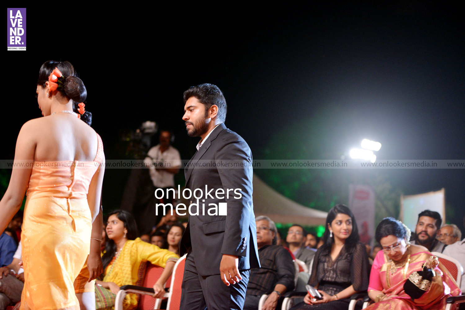 http://onlookersmedia.in/wp-content/uploads/2016/02/Nivin-Pauly-at-Asianet-Film-Award-2016-19.jpg