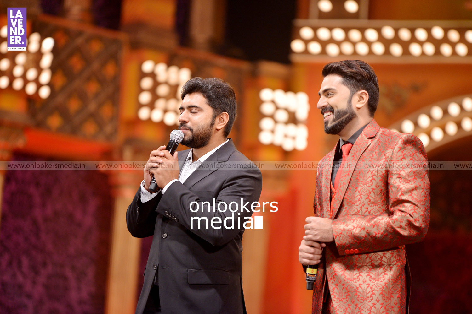 http://onlookersmedia.in/wp-content/uploads/2016/02/Nivin-Pauly-at-Asianet-Film-Award-2016-24.jpg