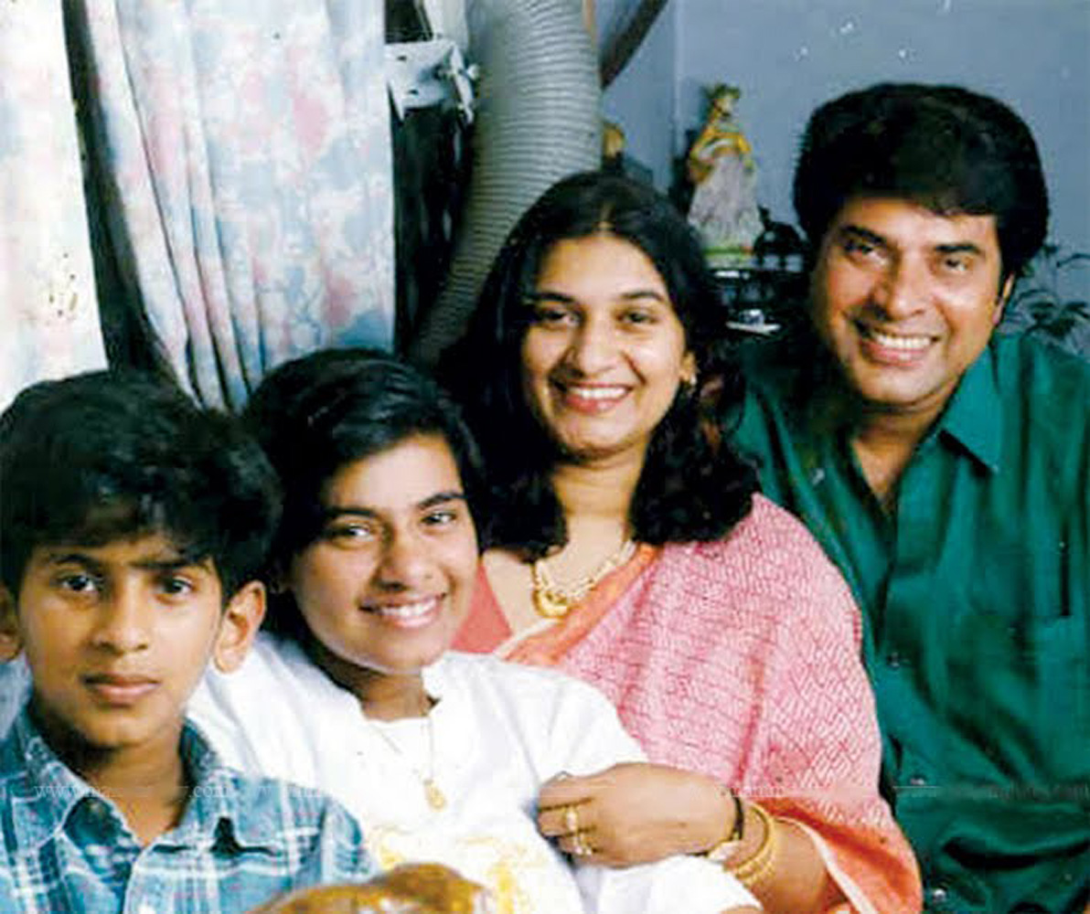 http://onlookersmedia.in/wp-content/uploads/2016/05/Mammootty-family-photos-Wife-Daughter-Son-4.jpg