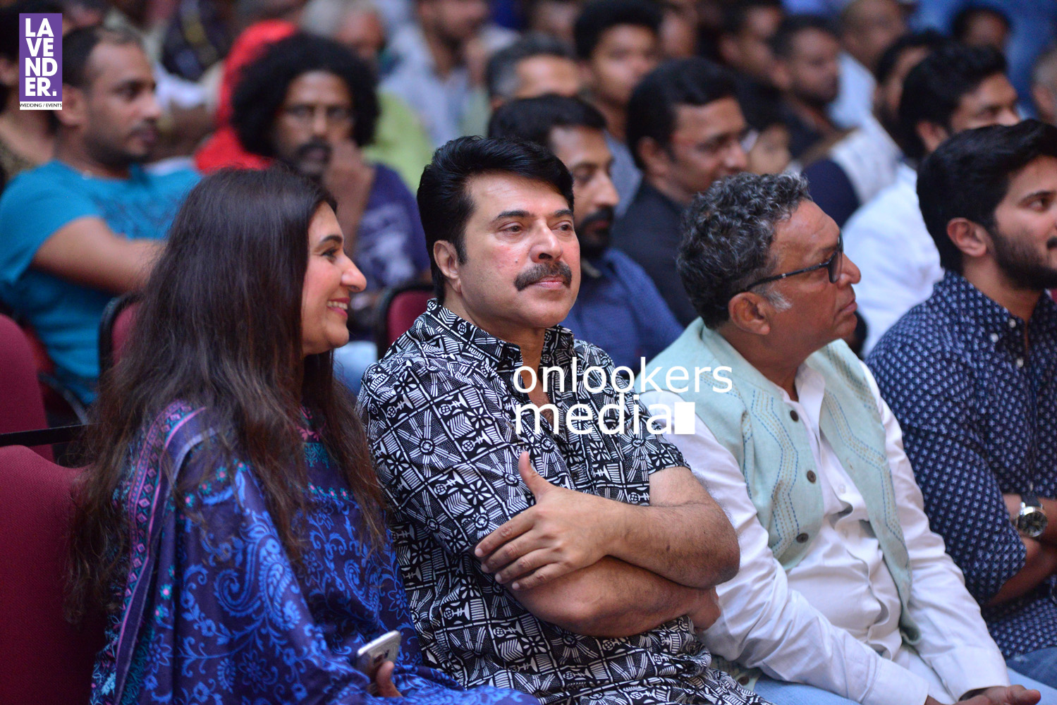 http://onlookersmedia.in/wp-content/uploads/2016/05/Mammootty-with-wife-Sulfath-mammootty-1.jpg