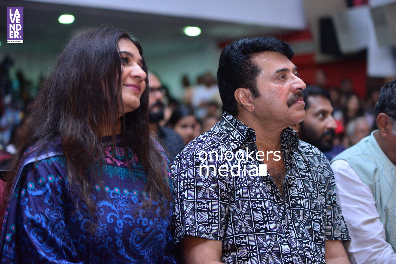 http://onlookersmedia.in/wp-content/uploads/2016/05/Mammootty-with-wife-Sulfath-mammootty-4.jpg