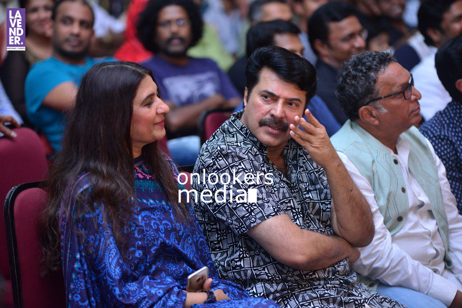 http://onlookersmedia.in/wp-content/uploads/2016/05/Mammootty-with-wife-Sulfath-mammootty-5.jpg