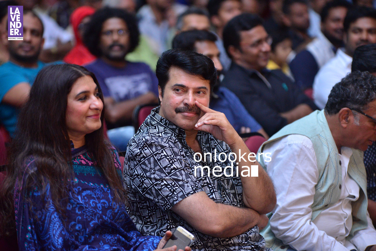 http://onlookersmedia.in/wp-content/uploads/2016/05/Mammootty-with-wife-Sulfath-mammootty-6.jpg