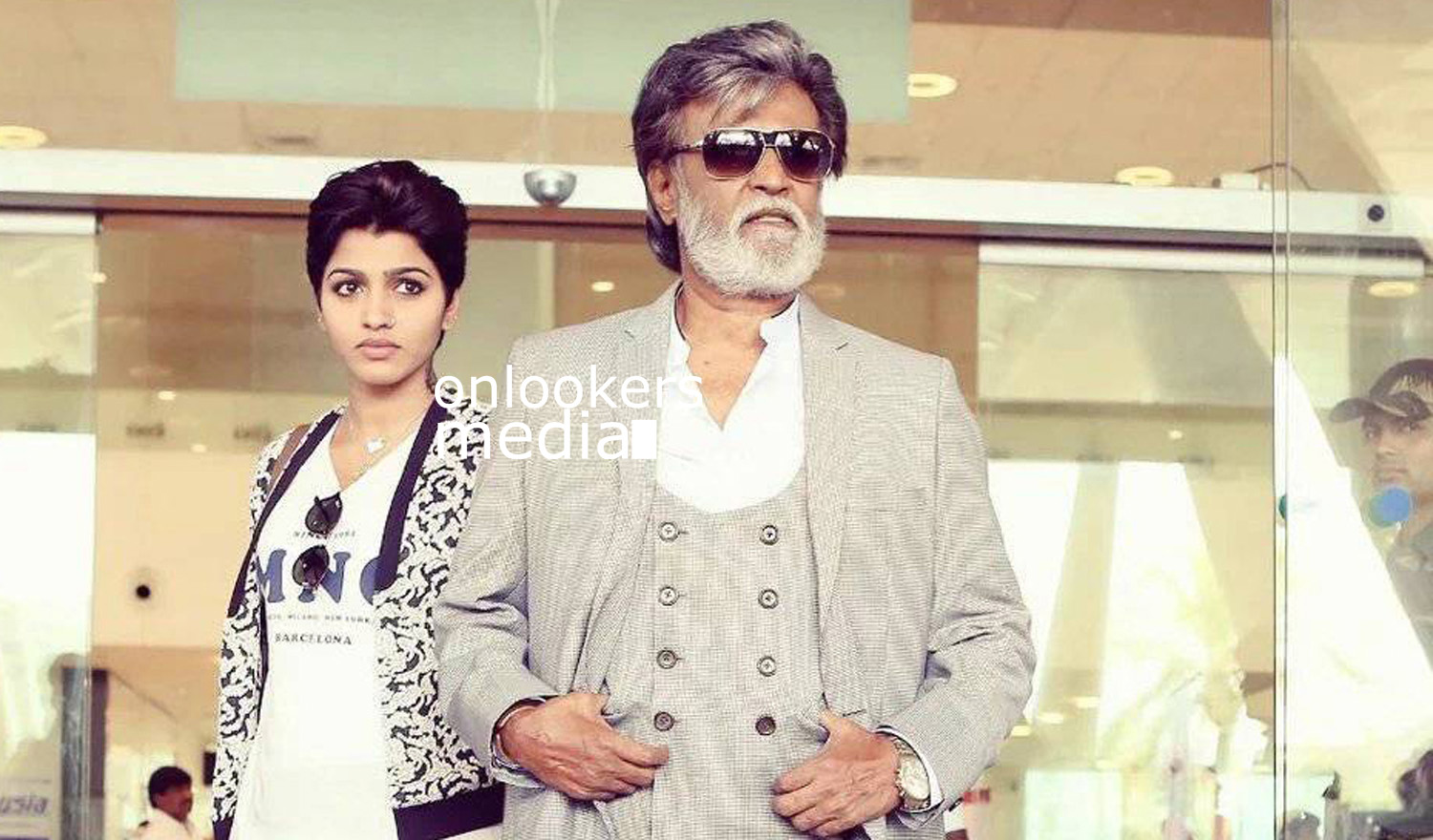http://onlookersmedia.in/wp-content/uploads/2016/07/Rajinikanth-Kabali-stills-photos-images-pics-20.jpg