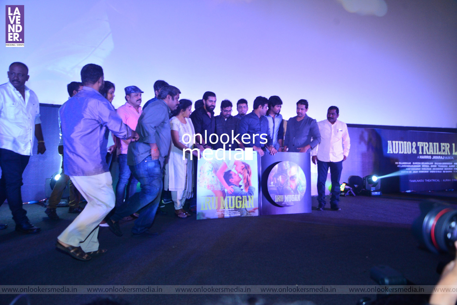http://onlookersmedia.in/wp-content/uploads/2016/08/Iru-Mugan-Audio-Launch-Stills-Photos-Vikram-Nivin-Pauly-104.jpg
