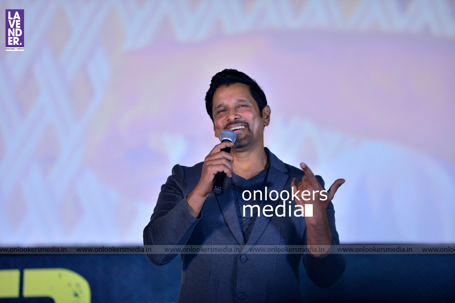 http://onlookersmedia.in/wp-content/uploads/2016/08/Iru-Mugan-Audio-Launch-Stills-Photos-Vikram-Nivin-Pauly-92.jpg